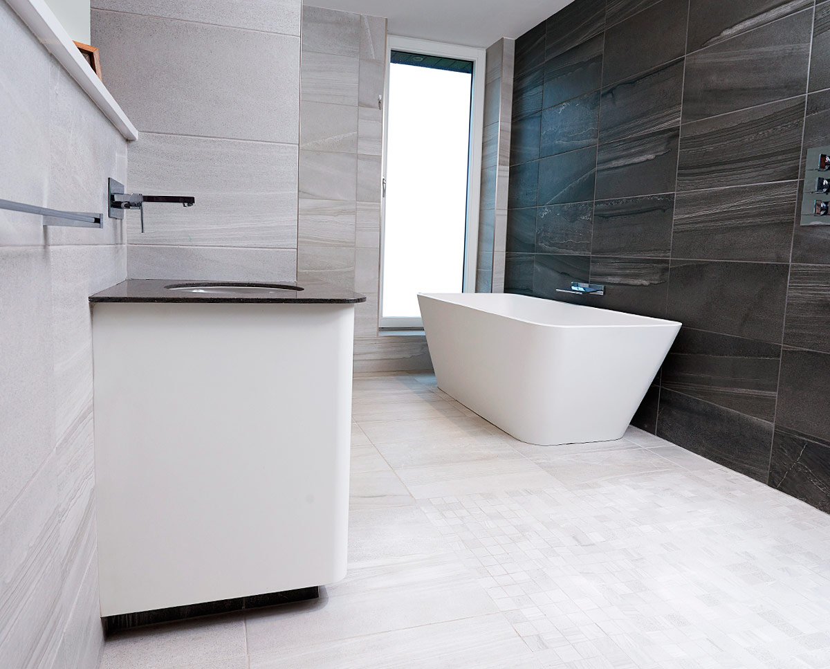 En-suite bathroom at Meadow View (PPS 7). Designed by Hawkes Architecture, this energy efficient grand design, follows passive house principles.