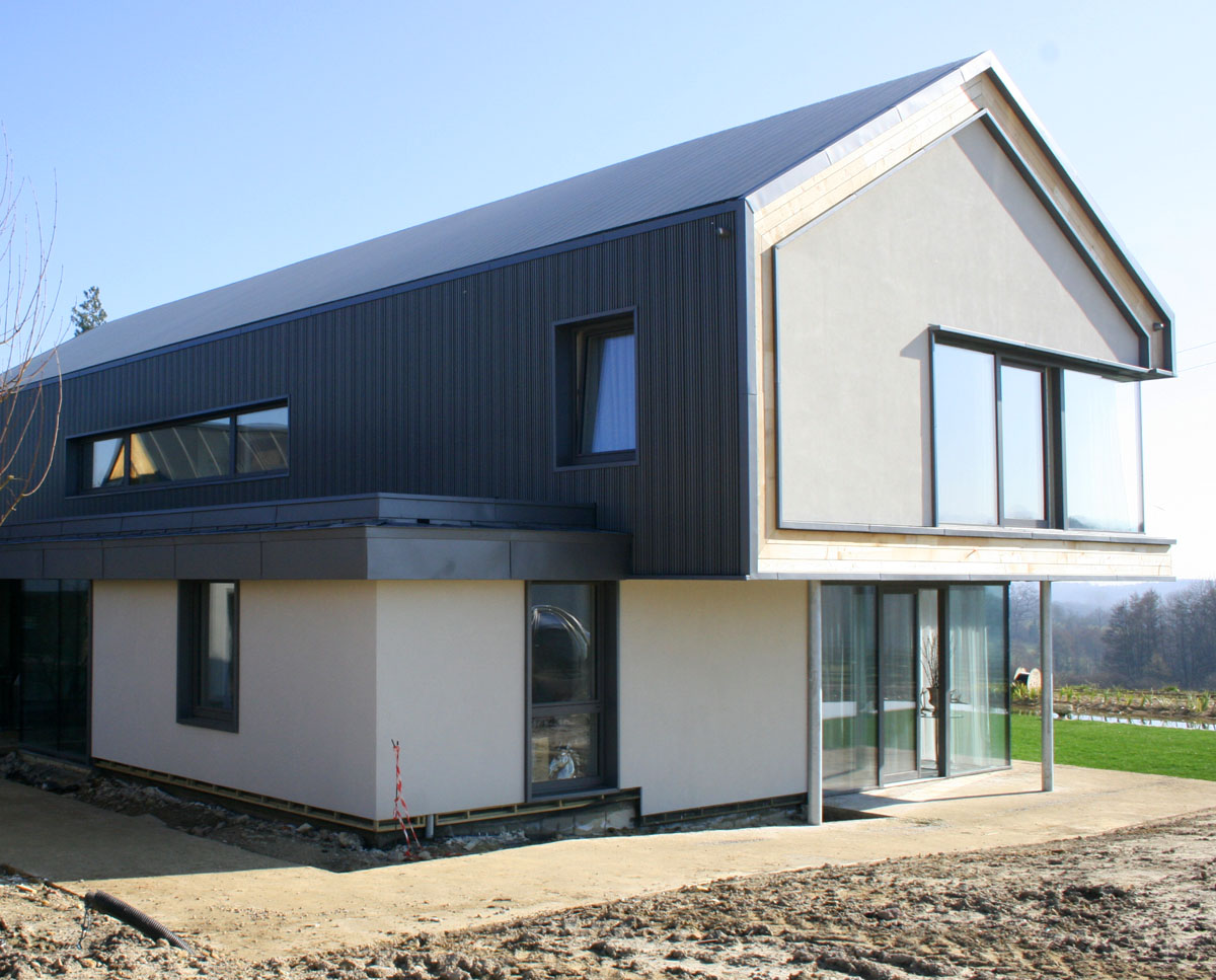 The rear elevation at View Point (Para 55). Designed by Hawkes Architecture, this energy efficient grand design, follows passive house principles.