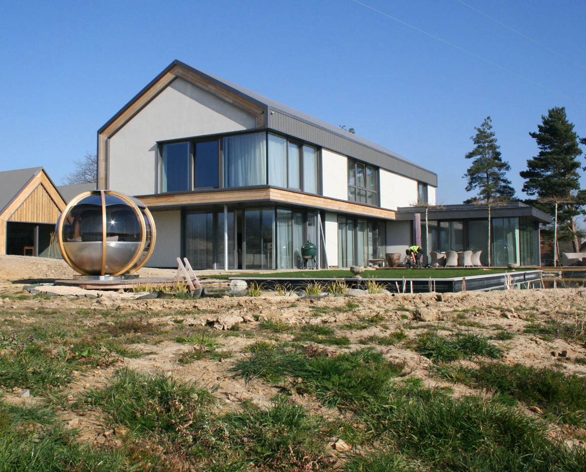 The front elevation at View Point (Para 55). Designed by Hawkes Architecture, this energy efficient grand design, follows passive house principles.