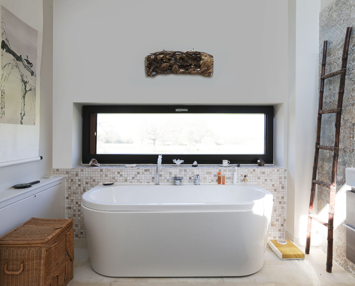 The master bathroom at Echo Barn (Para 55). Designed by Hawkes Architecture, this energy efficient grand design, follows passive house principles.