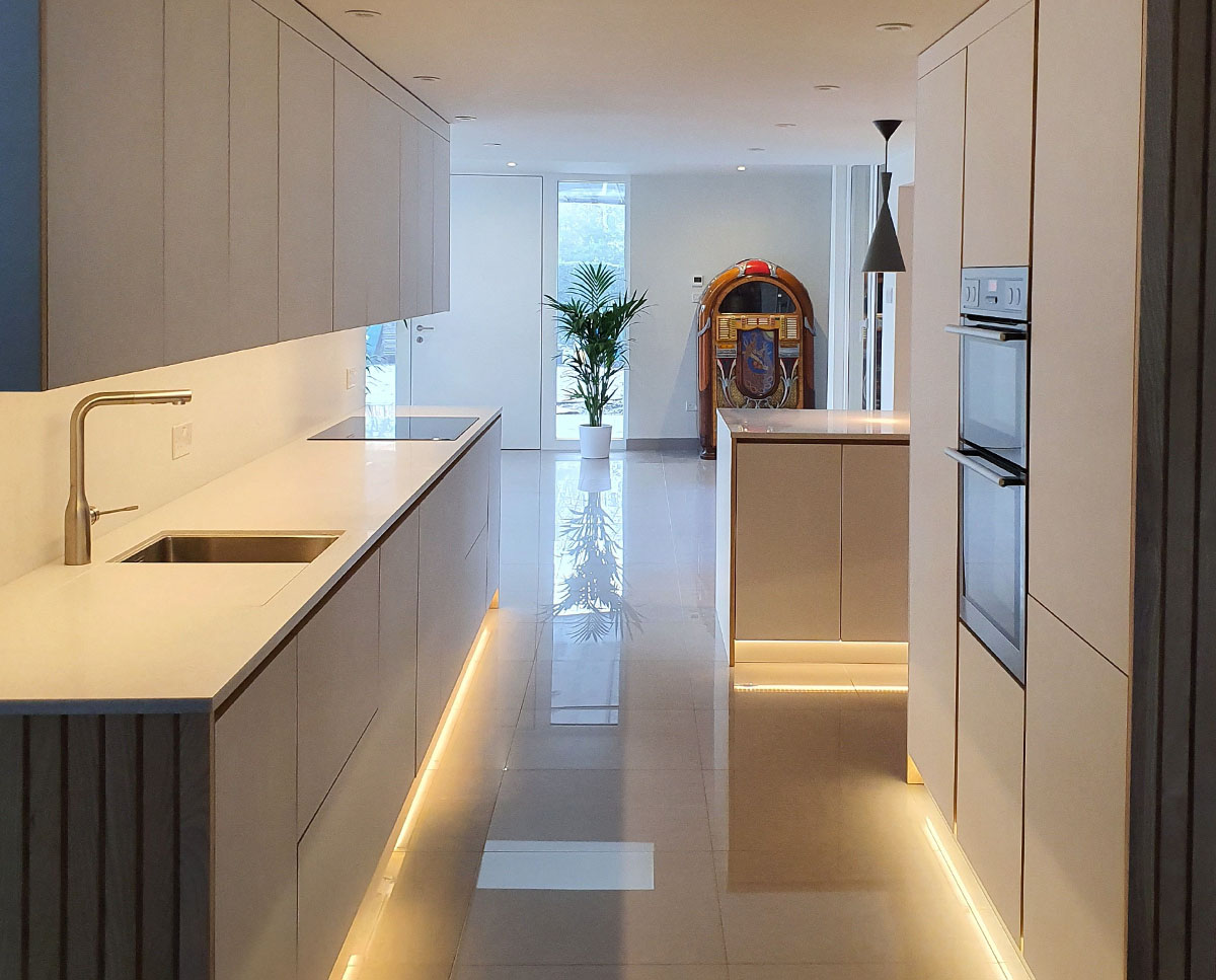 Finished kitchen at Bellropes. A sustainable energy efficient family home, remodelled by Hawkes Architecture.