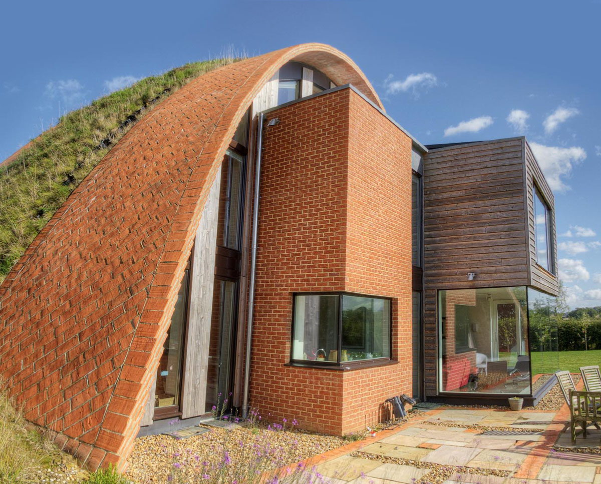 South elevation of Crossway. Designed by Hawkes Architecture and featured on channel 4's Grand Designs, this energy efficient timber-frame passivhaus utilises the latest renewable technology.