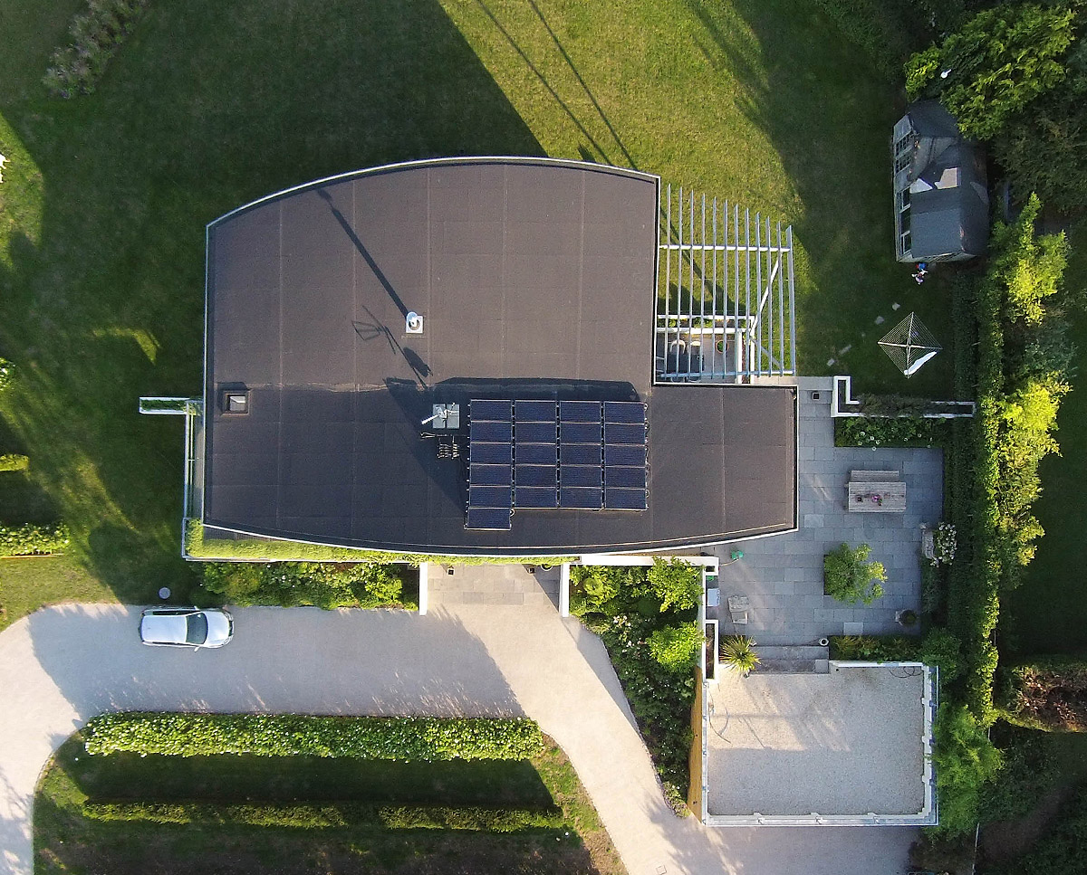 The roof at Wings (PPS 7). Designed by Hawkes Architecture, this energy efficient grand design, follows passive house principles.