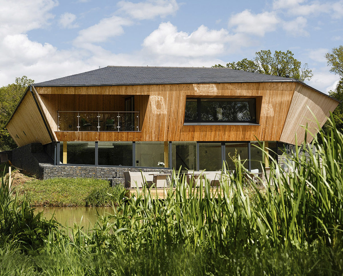 Exterior of Brooks Barn (Para 55). Designed by Hawkes Architecture, this energy efficient grand design, follows passive house principles