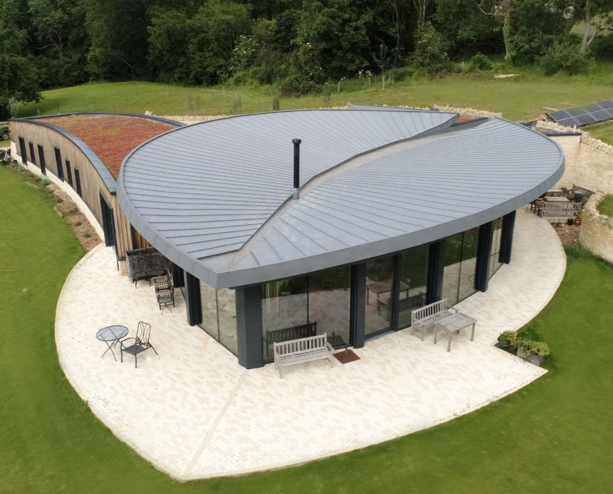 Zinc roof of Headlands (Para 55). Designed by Hawkes Architecture, this energy efficient grand design, follows passive house principles.